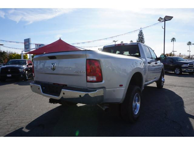 2017 Ram 3500 Crew Cab DRW 4x4, Pickup #59146 - photo 8