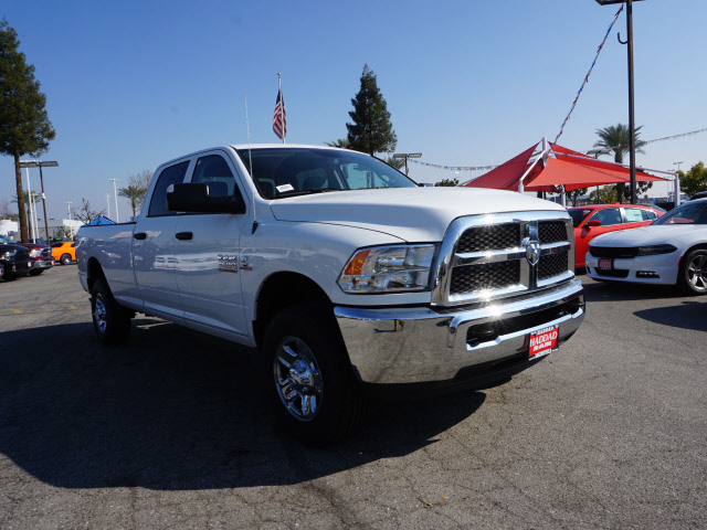 2017 Ram 2500 Crew Cab 4x4, Pickup #59154 - photo 4