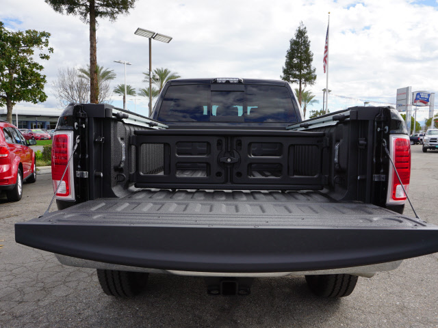 2017 Ram 2500 Mega Cab 4x4, Pickup #59184 - photo 24