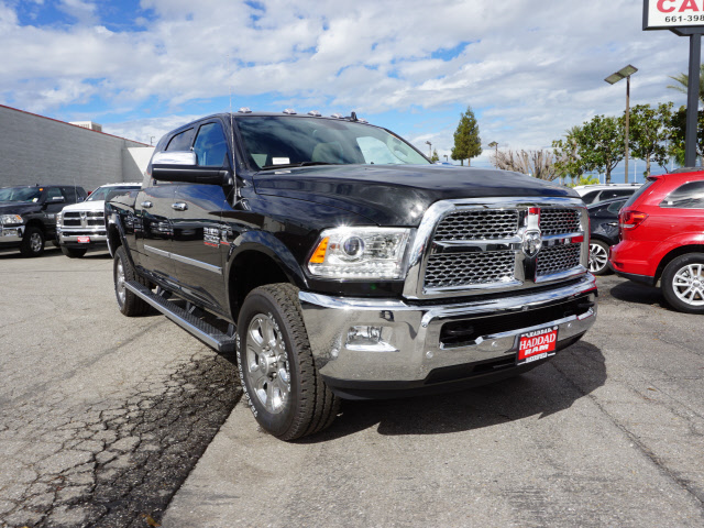 2017 Ram 2500 Mega Cab 4x4, Pickup #59184 - photo 4