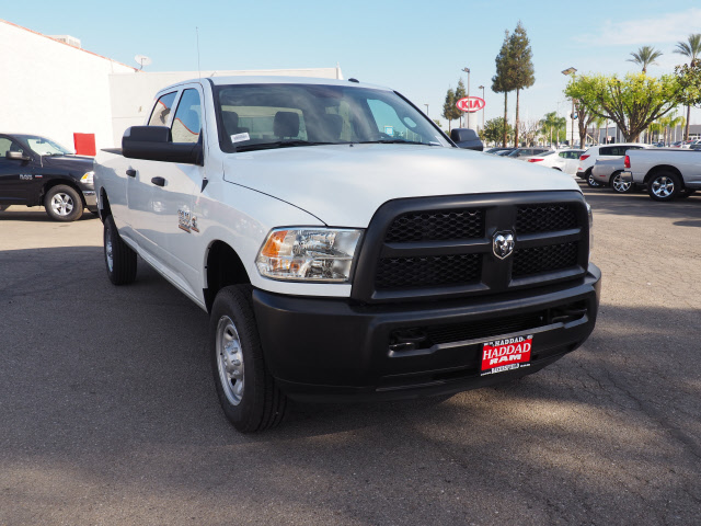 2017 Ram 2500 Crew Cab 4x4, Pickup #59269 - photo 4