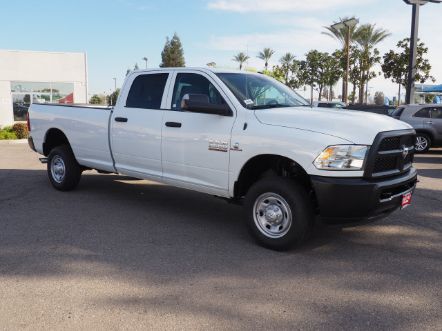 2017 Ram 2500 Crew Cab 4x4, Pickup #59269 - photo 5