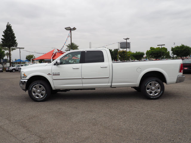 2017 Ram 3500 Crew Cab 4x4, Pickup #59411 - photo 11