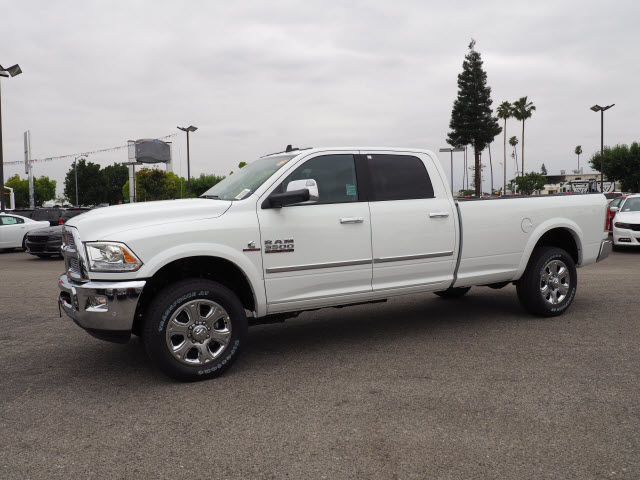 2017 Ram 3500 Crew Cab 4x4, Pickup #59411 - photo 12