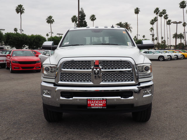 2017 Ram 3500 Crew Cab 4x4, Pickup #59411 - photo 3