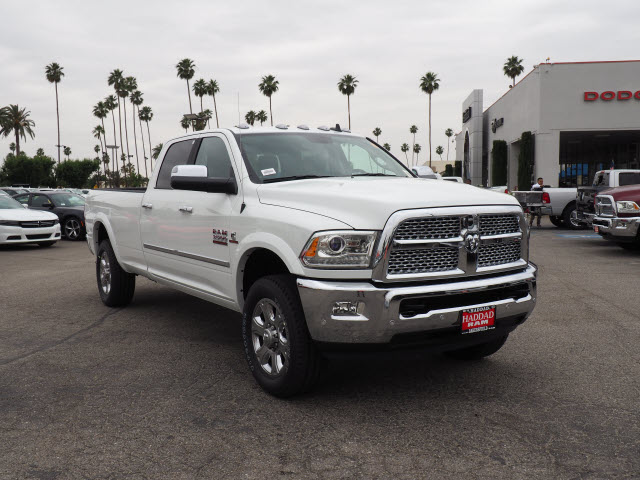 2017 Ram 3500 Crew Cab 4x4, Pickup #59411 - photo 4