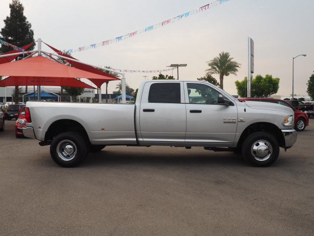 2017 Ram 3500 Crew Cab DRW 4x4, Pickup #59485 - photo 6