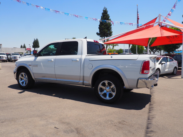 2017 Ram 1500 Crew Cab 4x4, Pickup #59517 - photo 10