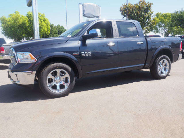 2017 Ram 1500 Crew Cab 4x4, Pickup #59524 - photo 12