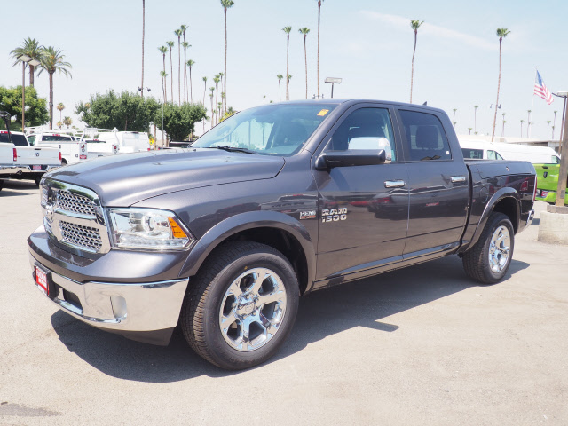 2017 Ram 1500 Crew Cab 4x4, Pickup #59543 - photo 12