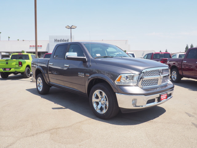 2017 Ram 1500 Crew Cab 4x4, Pickup #59543 - photo 4