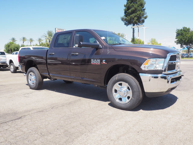 2017 Ram 2500 Crew Cab 4x4, Pickup #59591 - photo 5