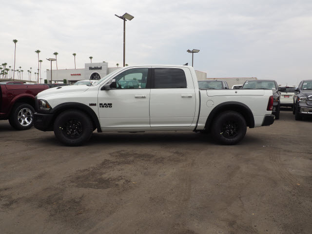 2017 Ram 1500 Crew Cab 4x4, Pickup #59634 - photo 11