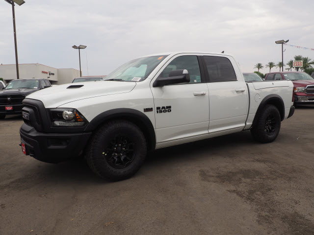 2017 Ram 1500 Crew Cab 4x4, Pickup #59634 - photo 12
