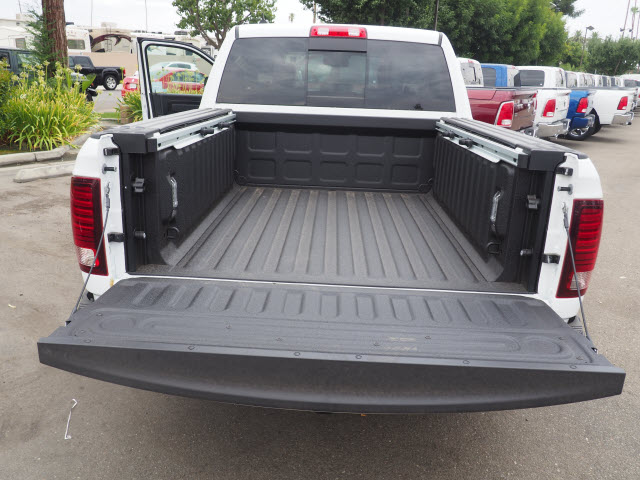 2017 Ram 1500 Crew Cab 4x4, Pickup #59634 - photo 24