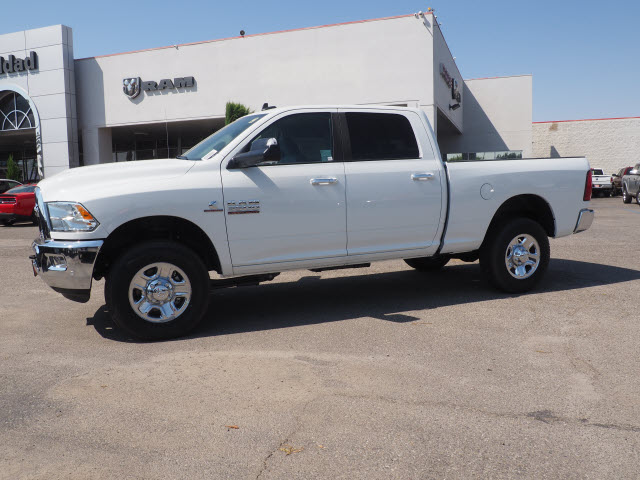2017 Ram 3500 Crew Cab 4x4 Pickup #59644 - photo 12