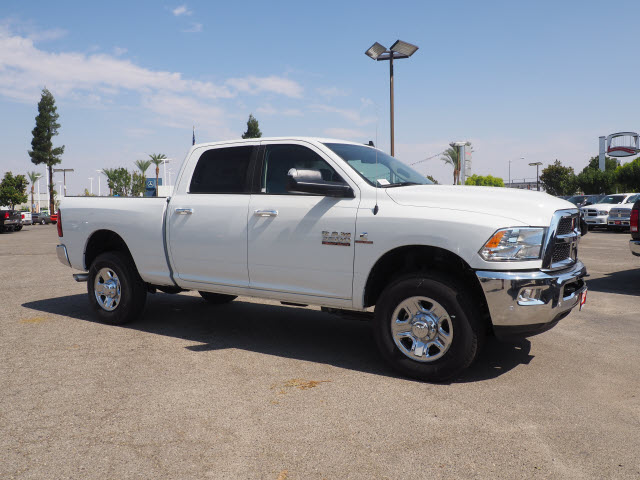 2017 Ram 3500 Crew Cab 4x4 Pickup #59644 - photo 5