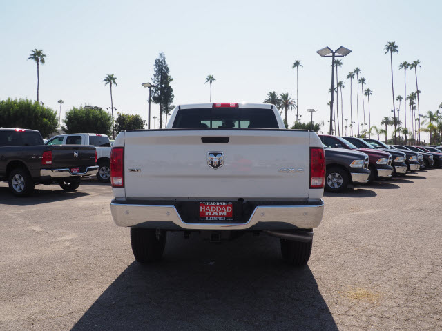 2017 Ram 3500 Crew Cab 4x4 Pickup #59644 - photo 9
