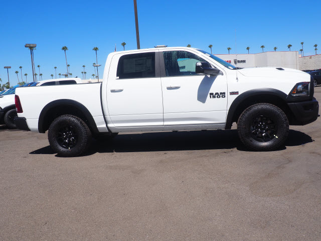 2017 Ram 1500 Crew Cab 4x4, Pickup #59674 - photo 6