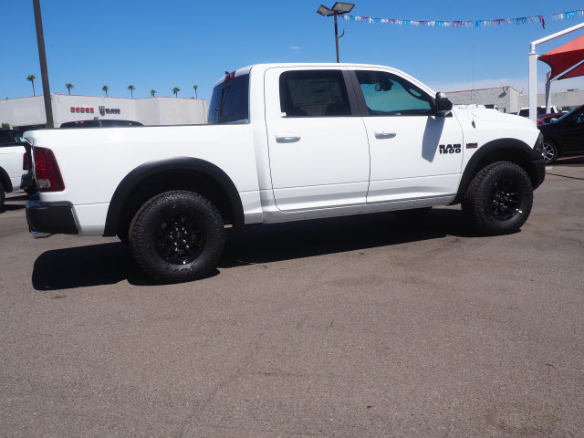 2017 Ram 1500 Crew Cab 4x4, Pickup #59674 - photo 7