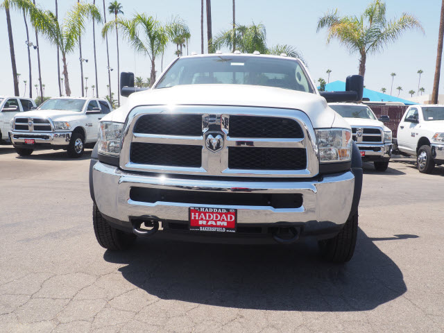 2017 Ram 5500 Regular Cab DRW, Cab Chassis #59687 - photo 3