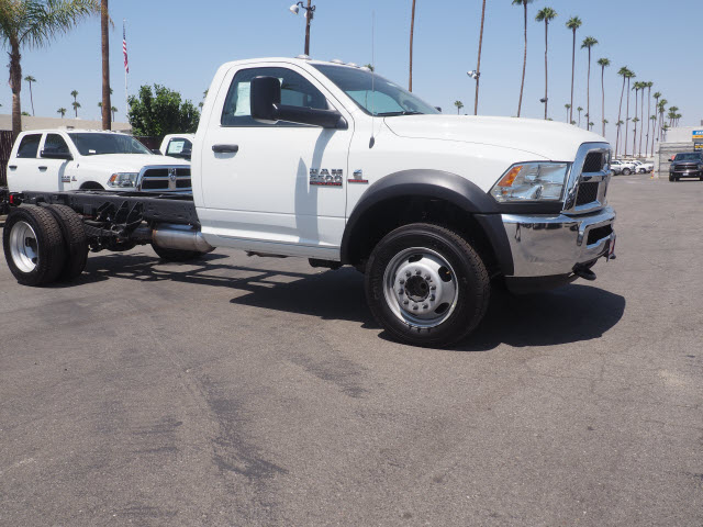 2017 Ram 5500 Regular Cab DRW, Cab Chassis #59687 - photo 5