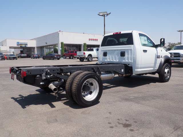 2017 Ram 5500 Regular Cab DRW, Cab Chassis #59687 - photo 8