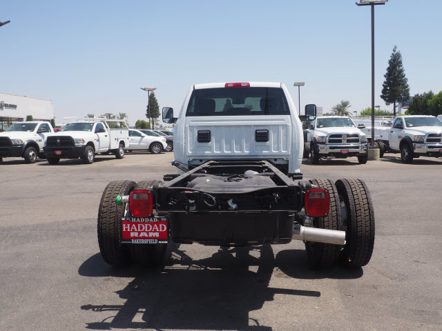 2017 Ram 5500 Regular Cab DRW, Cab Chassis #59687 - photo 10