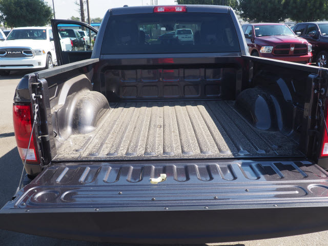 2017 Ram 1500 Crew Cab Pickup #59706 - photo 24