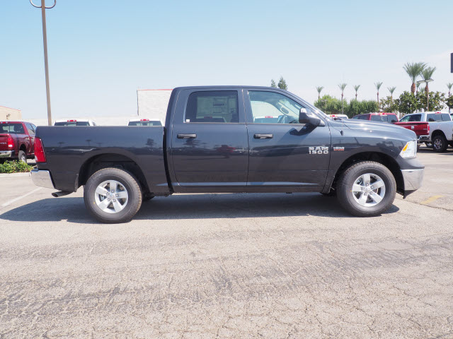 2017 Ram 1500 Crew Cab 4x4 Pickup #59711 - photo 6