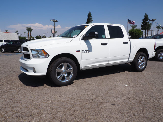 2017 Ram 1500 Crew Cab Pickup #59744 - photo 12
