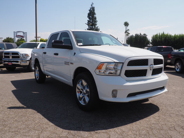 2017 Ram 1500 Crew Cab Pickup #59744 - photo 4