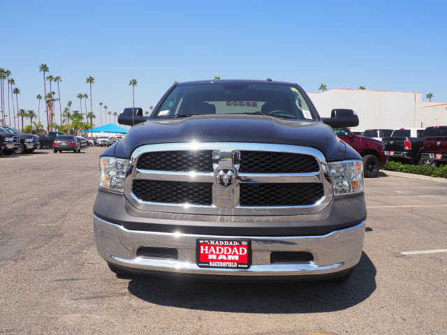 2017 Ram 1500 Crew Cab Pickup #59749 - photo 3