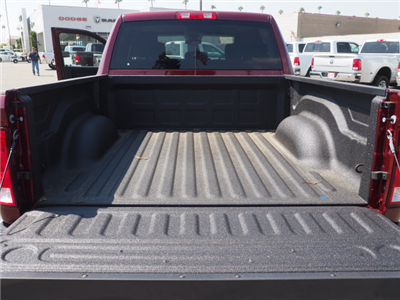 2017 Ram 1500 Crew Cab 4x4 Pickup #59829 - photo 24