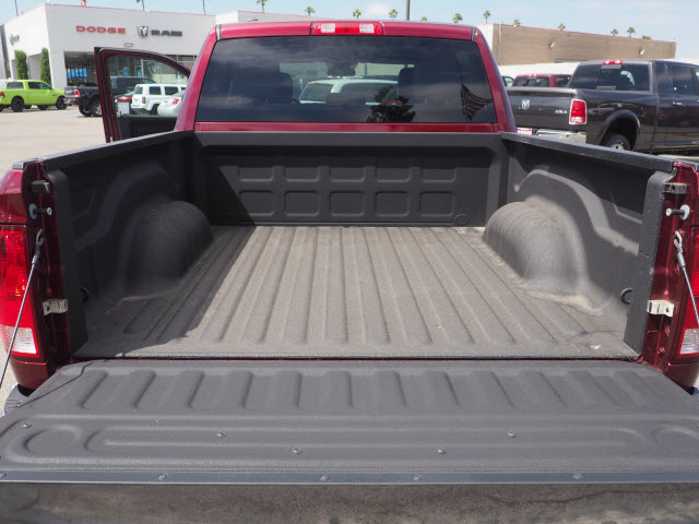 2017 Ram 1500 Crew Cab 4x4 Pickup #59852 - photo 24