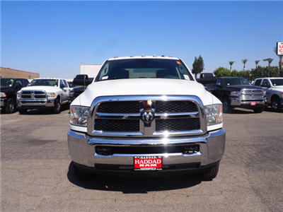2018 Ram 3500 Crew Cab DRW 4x4 Pickup #59901 - photo 3