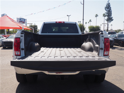2018 Ram 3500 Crew Cab DRW 4x4 Pickup #59901 - photo 24