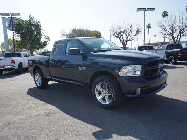2018 Ram 1500 Quad Cab, Pickup #60009 - photo 4