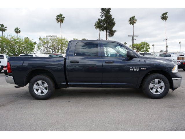 2018 Ram 1500 Crew Cab, Pickup #60163 - photo 5