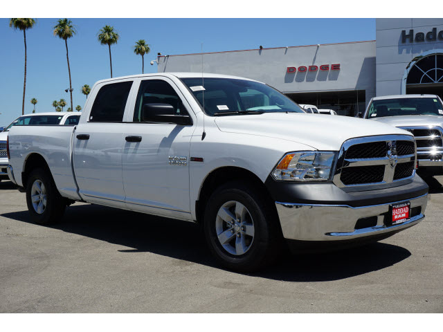 2018 Ram 1500 Crew Cab 4x4,  Pickup #60364 - photo 4