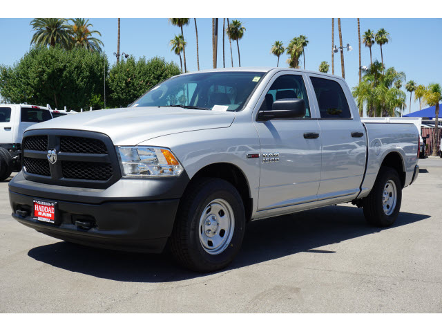 2018 Ram 1500 Crew Cab 4x4,  Pickup #60392 - photo 1