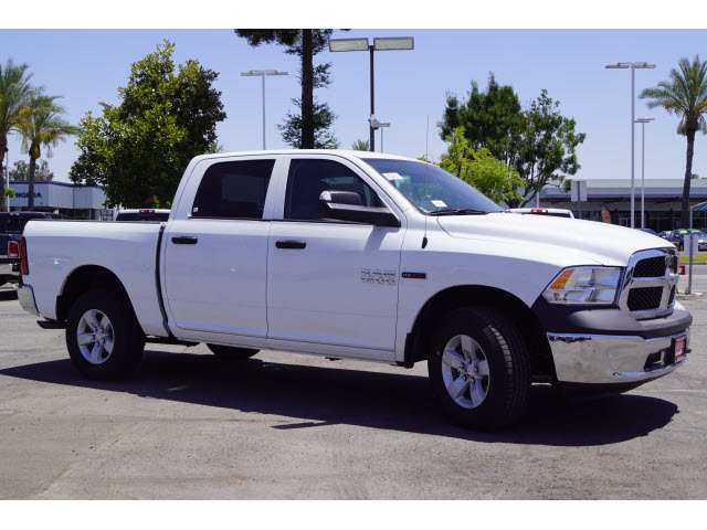 2018 Ram 1500 Crew Cab 4x4,  Pickup #60440 - photo 4