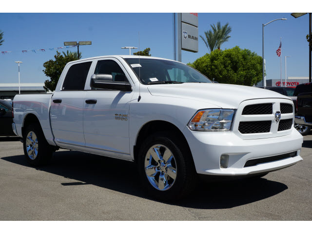 2018 Ram 1500 Crew Cab 4x4,  Pickup #60449 - photo 4
