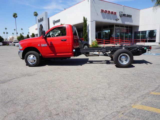 2015 Ram 3500 Regular Cab DRW, Cab Chassis #B57600 - photo 11