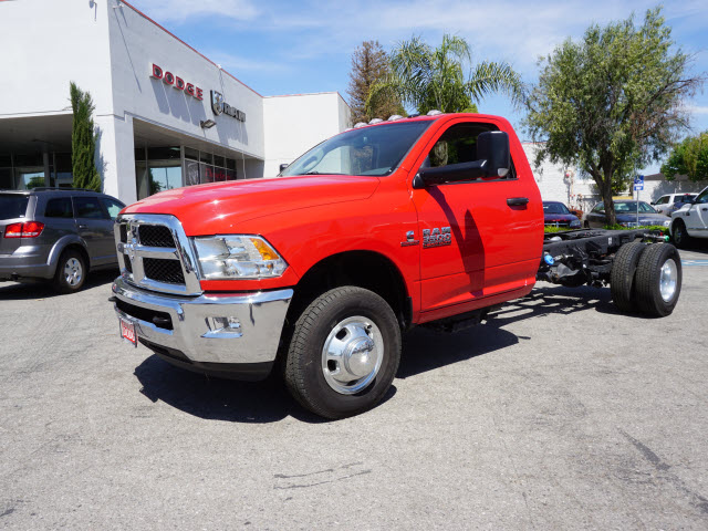 2015 Ram 3500 Regular Cab DRW, Cab Chassis #B57600 - photo 12