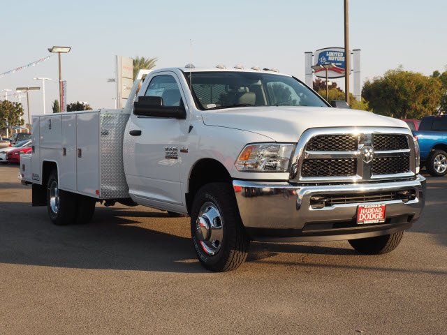 2015 Ram 3500 Regular Cab DRW 4x4, Harbor Service Body #B58165 - photo 4