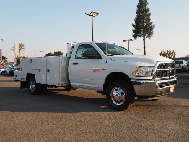 2015 Ram 3500 Regular Cab DRW 4x4, Harbor Service Body #B58165 - photo 5