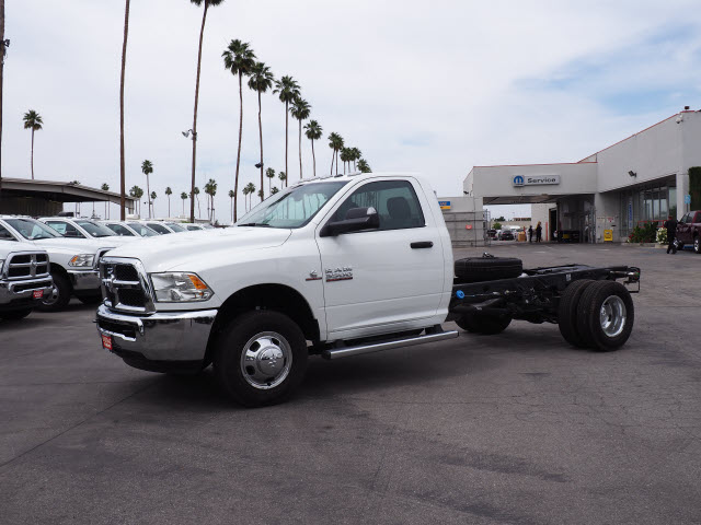 2016 Ram 3500 Regular Cab DRW 4x4 Cab Chassis #B58267 - photo 12