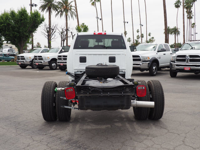 2016 Ram 3500 Regular Cab DRW 4x4 Cab Chassis #B58267 - photo 9