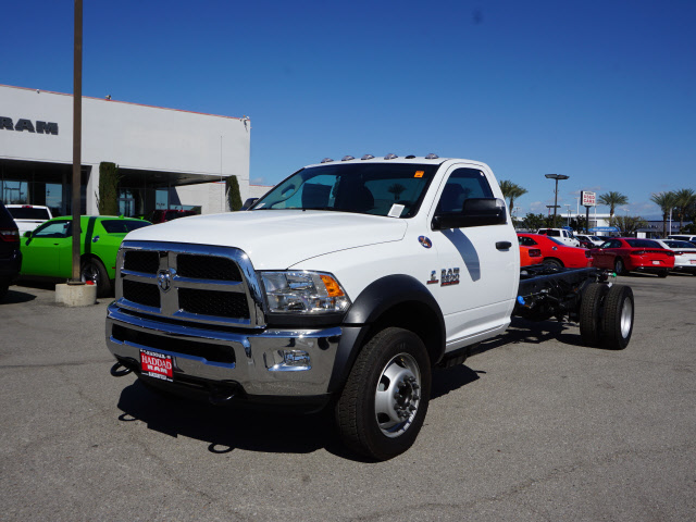 2016 Ram 5500 Regular Cab DRW, Cab Chassis #B58279 - photo 3